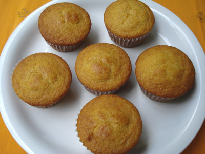 eggless-corn-meal-muffin-simple-easy