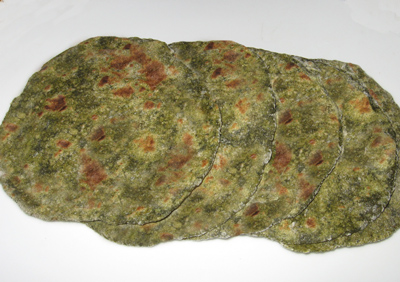 Spinach chapathi - Indian flat bread