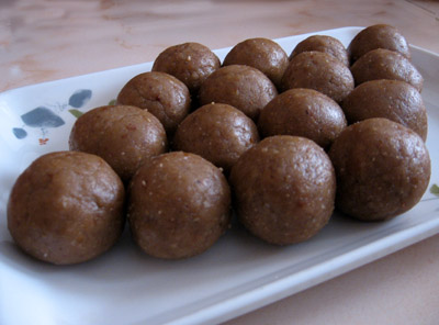 Peanut rice ball sweet recipe